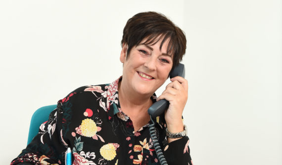 Dot talks about how steps To Success helped her get a job as a Customer Service Advisor.